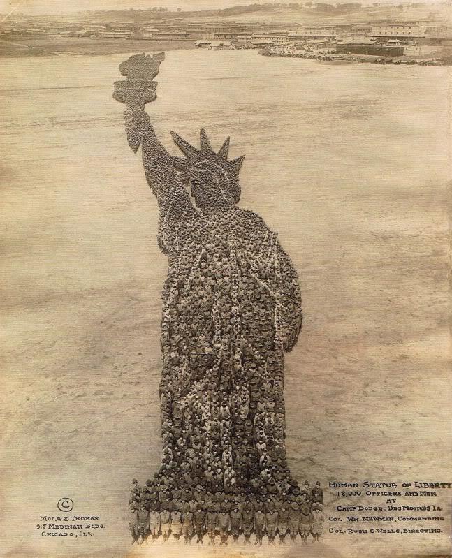 CampDodge-HumanStatueOfLiberty1918